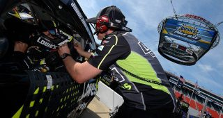 Drivers open up on how to manage 500 laps at Bristol