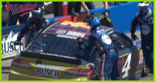 Early pit road woes for Harvick, Truex Jr. at Talladega