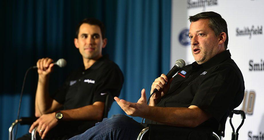 Almirola: Stewart is a 'calming voice' on race days