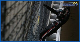 Gragson climbs fence, stops himself from getting sick again