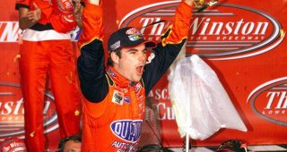 Jeff Gordon rallies with in-race backup car to win 2001 All-Star Race