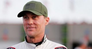 Harvick: '600 miles as fast as the car will go'