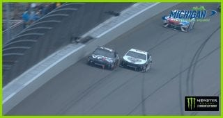 Bowyer holds off SHR teammate Harvick to secure win