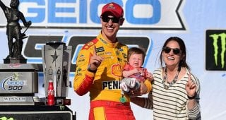 1-on-1: Logano talks first Father's Day as a Dad