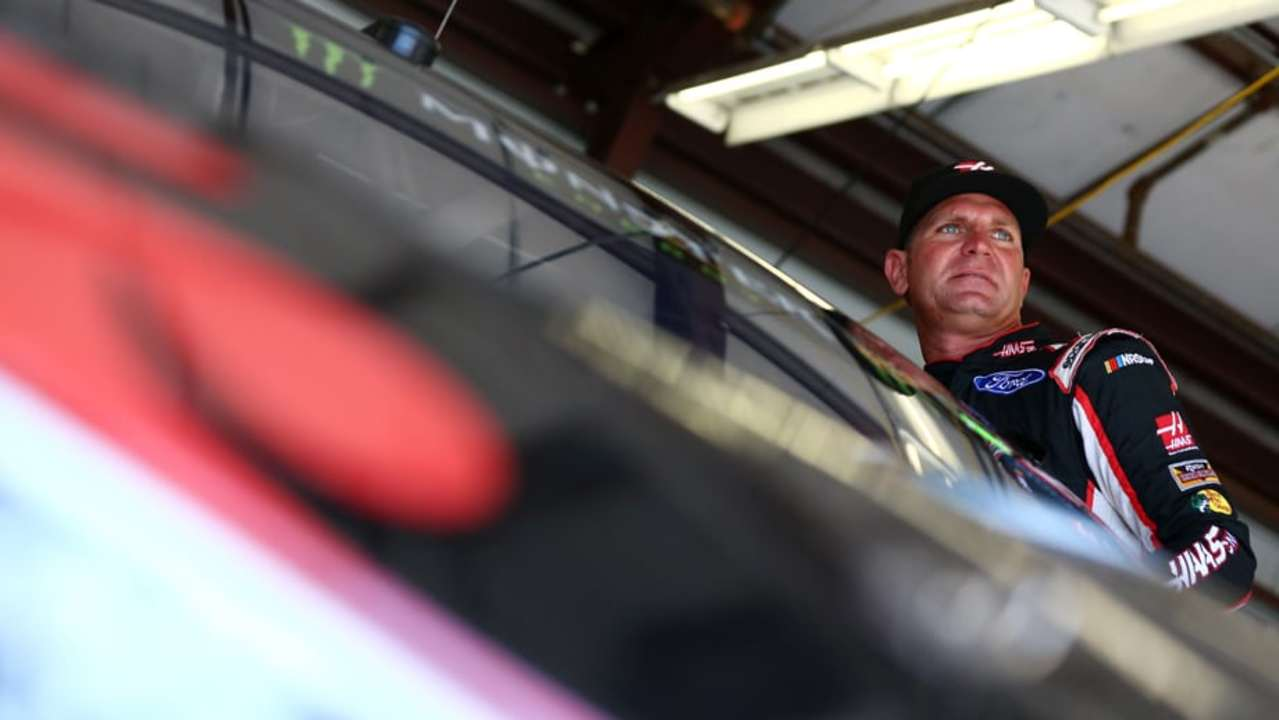 Road-course racing, vineyards: Perfect match for Bowyer