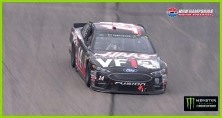 Clint Bowyer goes for a spin in Turn 3