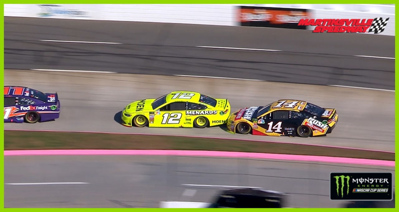 Early contact between Bowyer, Blaney