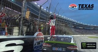 Harvick: 'We don't race for points, we race for wins'
