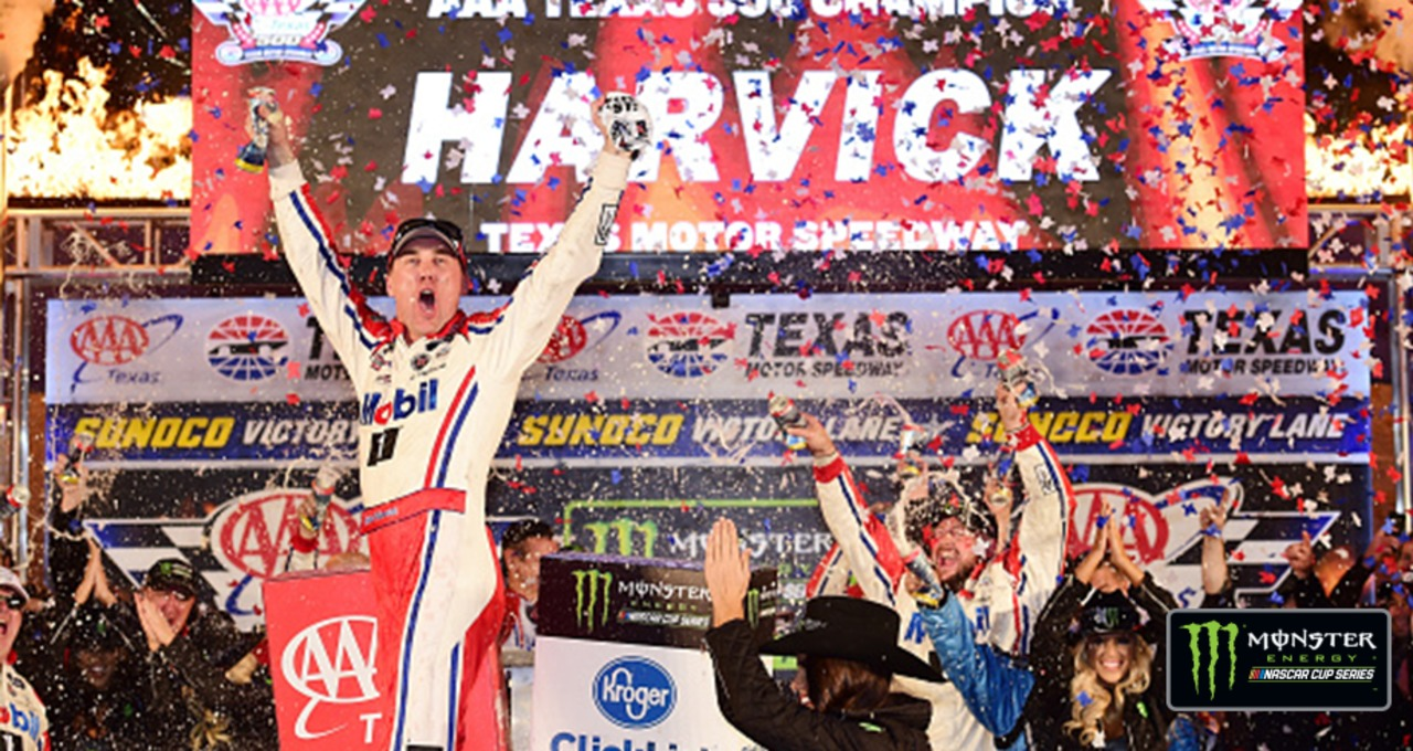 Harvick in Victory Lane: I wasn't going to pick the bottom twice