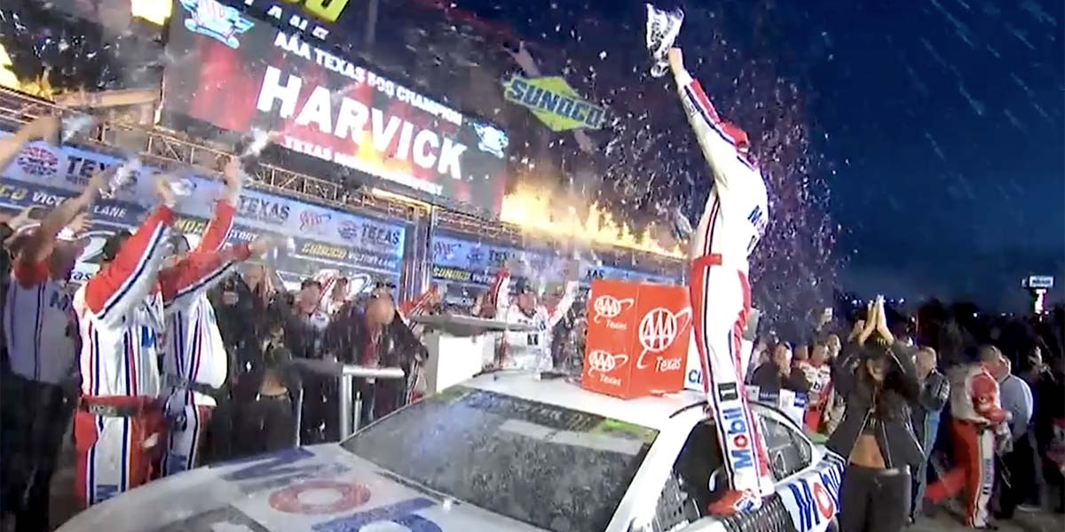 Momento PEAK de Kevin Harvick en los Playoffs en Texas