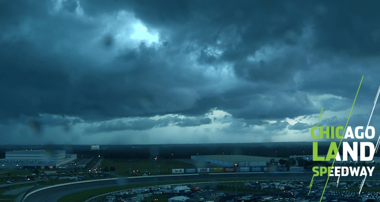 Land Of Dead Will Continue To Welcome >> Powerful Storm Brings Out Red Flag At Chicagoland Nascar En Espanol