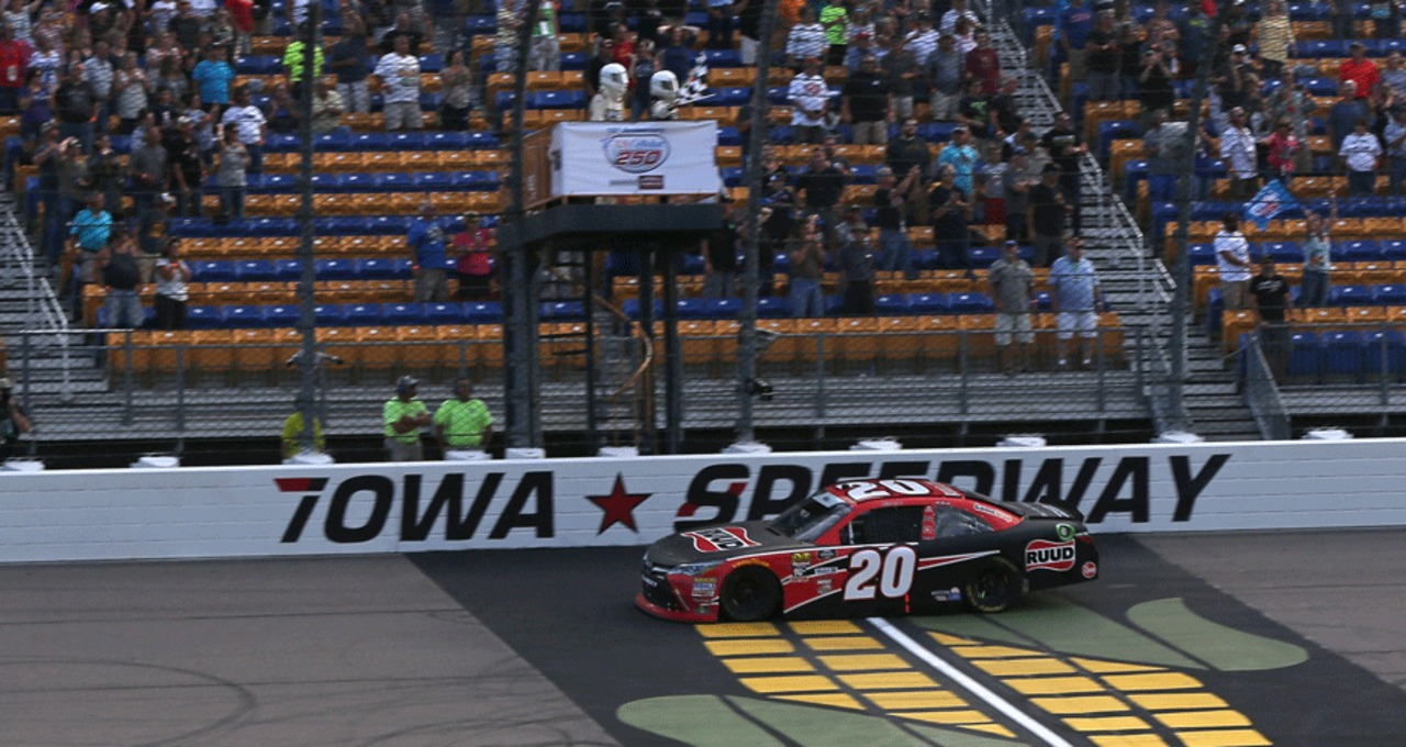 Iowa Speedway popular among Xfinity regulars - NASCAR EN ESPANOL