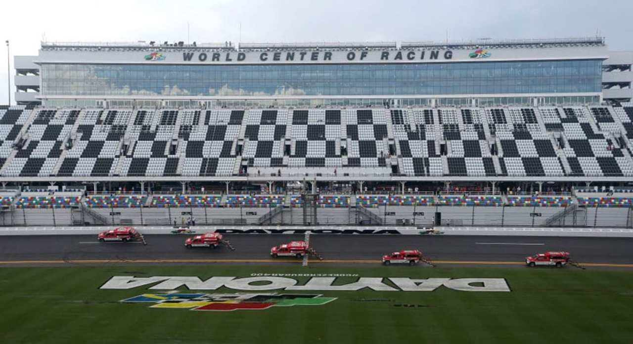 O'Donnell discusses decision to call Daytona race - NASCAR